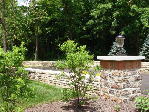 Stone and planting in front yard landscaping in Columbus Ohio