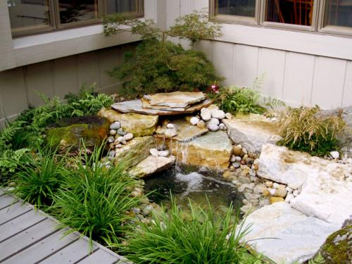 Residential water installation and pond landscaping